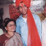 Abhijeet Sawant with parents and sister