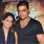 Abhimanyu Singh with his wife