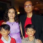 amit-bhatt-with-his-wife-and-sons