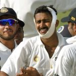 Anil Kumble bowls with a broken jaw
