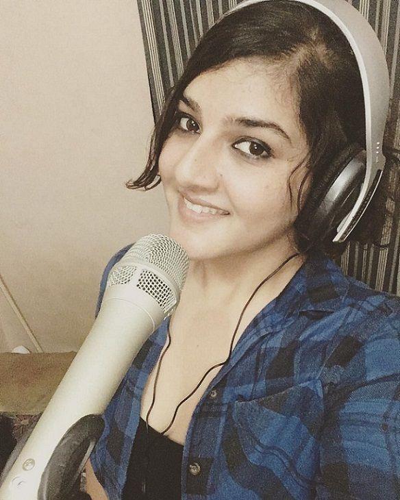 Bhavya Pandit Singer