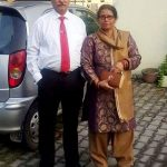 chetna-pande-parents