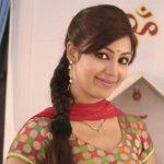 Debina Bonnerjee as Mayuri