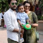 Deepshikha Deshmukh with her son and husband