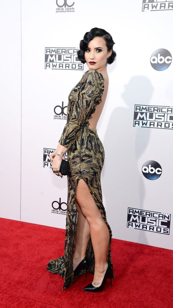 Demi at the Americn Music Awards