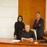 Desh Bandhu Gupta (sitting) with his Son Nilesh (Right) and Daughter Vinita (left)