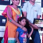 Devendra Jhajharia with his wife and daughter