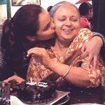 gurdeep-kohli-with-her-mother