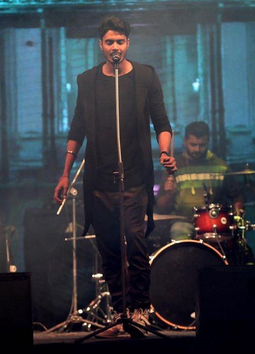 Gurnazar Chattha Singer DJ