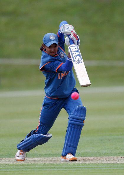 Harmanpreet Kaur batting