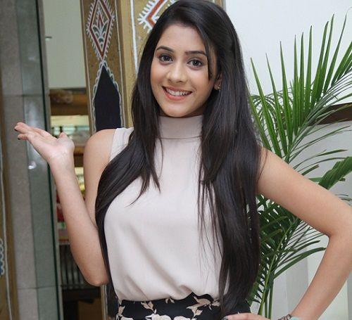 Hiba Nawab profile