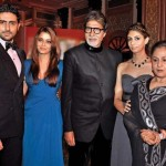 Jaya Bachchan with her family