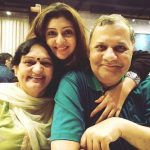 juhi-parmar-with-her-parents