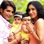 Karanvir Bohra with his wife & twin daughters