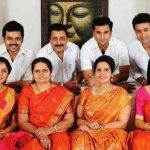 karthi-with-his-family