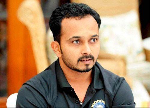 Kedhar Jadhav profile