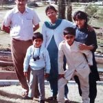 kunal-bakshi-childhood-pic-with-his-family