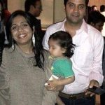Kunal Kapur with his wife and son