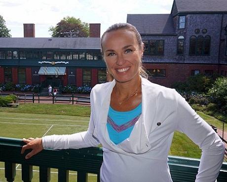 Martina Hingis Profile