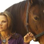 Mickie James with her horse