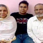 mir-afsar-ali-with-his-parents