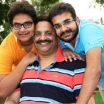 mukhtar-ansari-with-his-elder-son-abbas-left-and-younger-son-umar-right