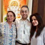 Neelam Kothari parents
