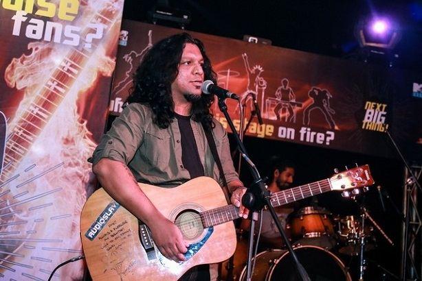 Nikhil Uzgare lead singer