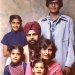 nikki-haley-sitting-extreme-left-with-her-parents-and-siblings