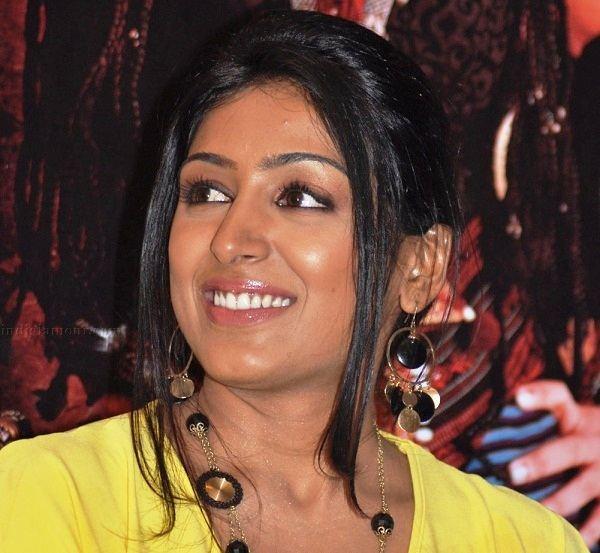 Padmapriya profile