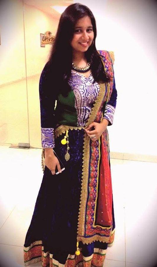 Pawni Pandey singer