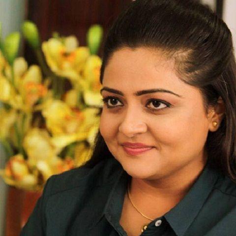 Prarthi M Dholakia-2