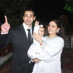 prateek-yadav-with-his-wife-and-daughter