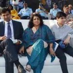 Raghuram Rajan with his wife and son