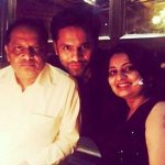 rahul-vaidya-with-his-father-and-sister