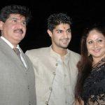 rati-agnihotri-with-her-ex-husband-anil-virwani-and-son-tanuj-virwani