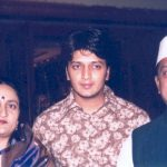 Riteish Deshmukh with his parents
