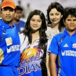 Sachin Tendulkar with his wife and children