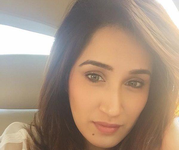 Sagarika Ghatge profile