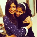 sanchita-shetty-with-her-sister