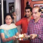 Sharad Malhotra with his parents