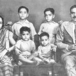 Shatrugan Sinha with his parents and brothers