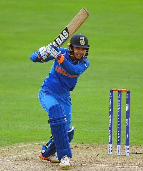 Smriti Mandhana batting