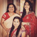 Sneha Kapoor with her Mother & sister