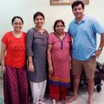 sonalika-joshi-with-her-family