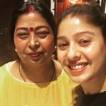 Sunidhi Chauhan with her mother