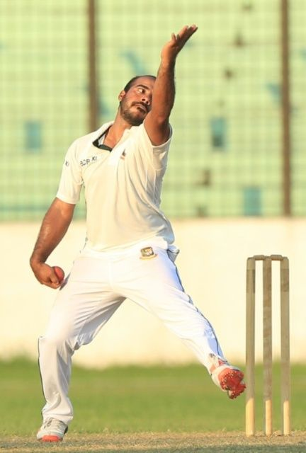 Tanveer Haider Bowling