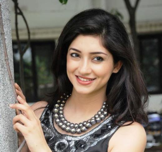 Tanvi Vyas Miss India Earth