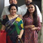 Tarun Keluarga ( Father>Mother>Brother>Sister-in-Law)