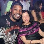 Vijay Mallya  biological mother posing with Chris Gayle